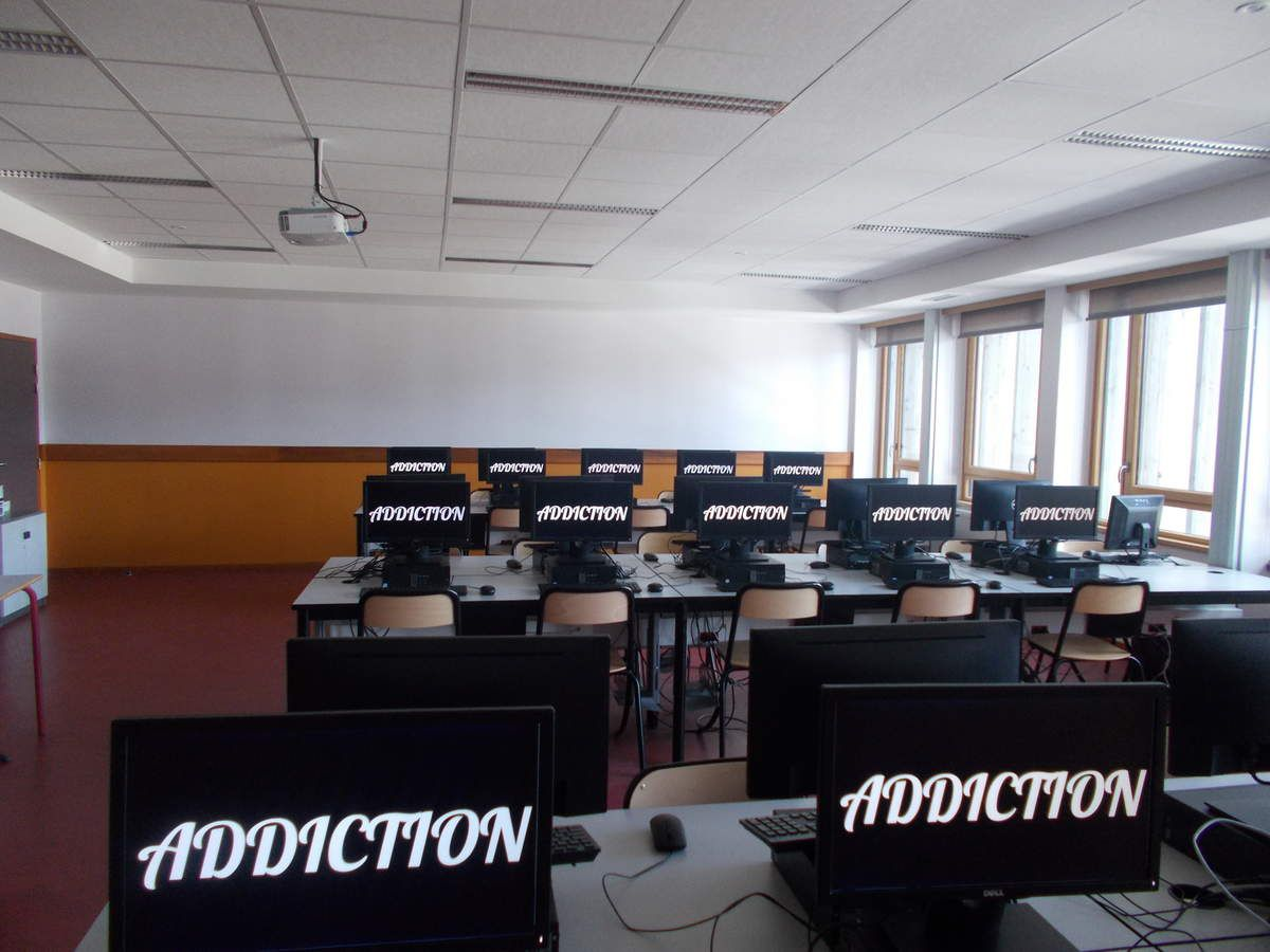 """addiction"" en salle informatique"
