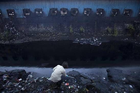 Industrie textile, pollutions environnementales et esclavage moderne