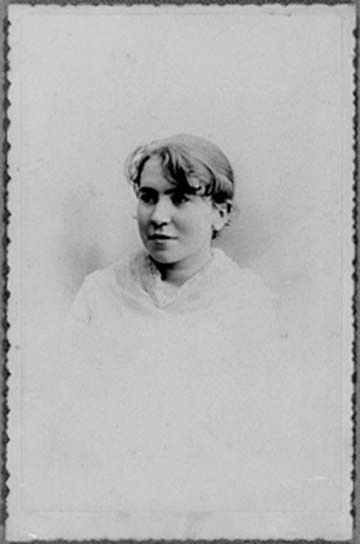 Emma Goldman à 17 ans – Source : International Institute of Social History, Amsterdam.