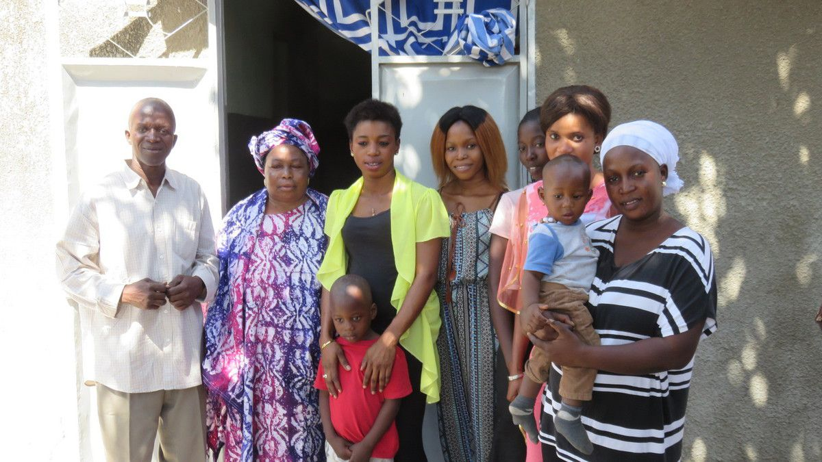 Un grand merci à la famille d'Issa...