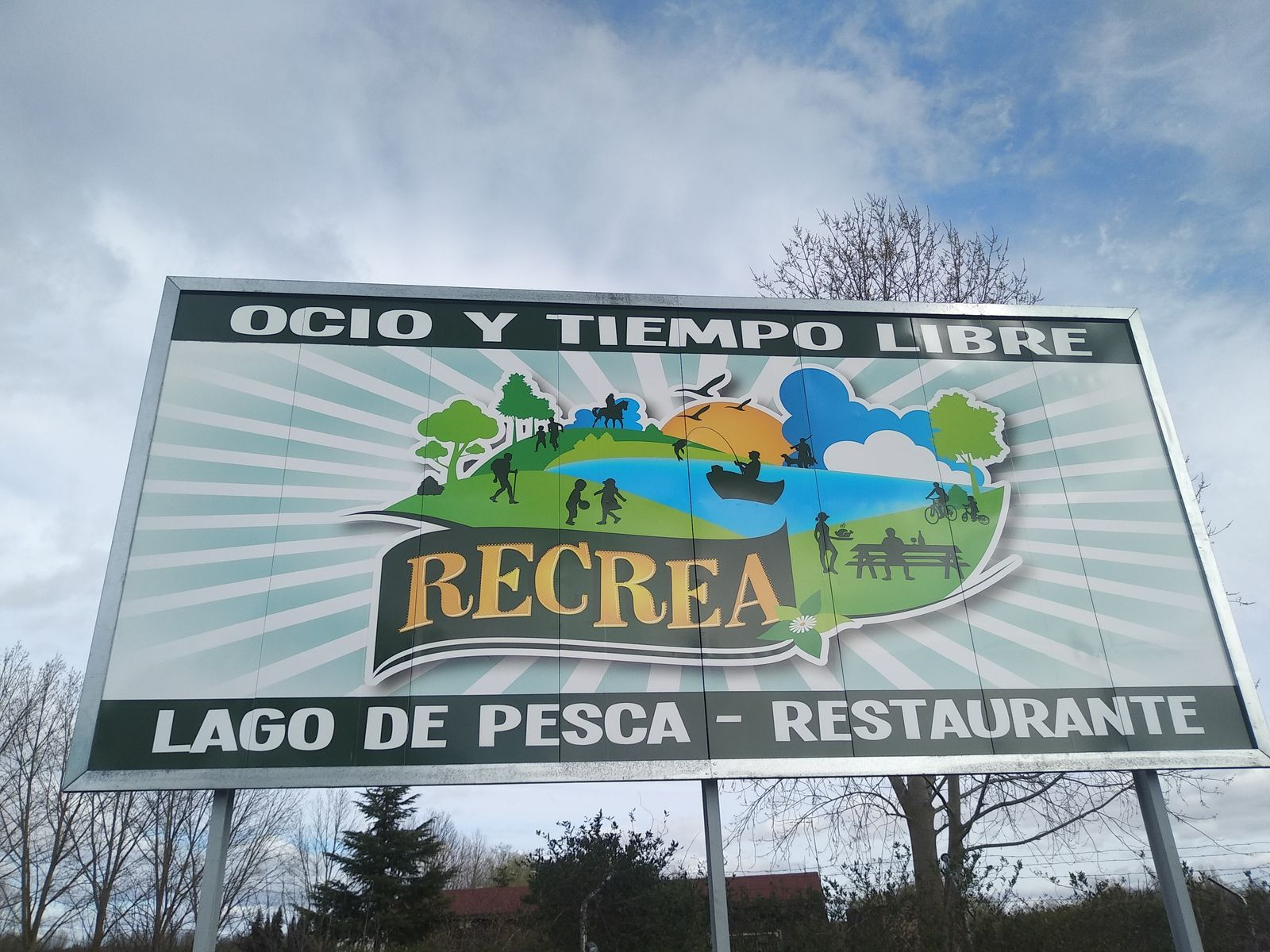 Complejo Recrea, lago Renedo: 2 día de entrenamiento en barca.