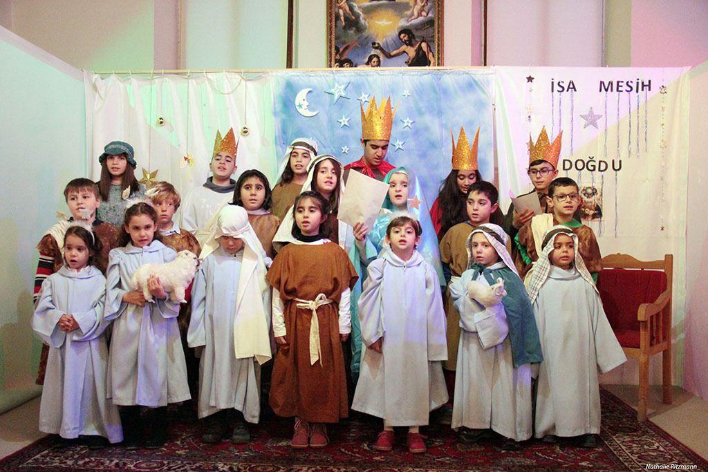 Fête de Noël des enfants des communautés catholique, syriaque, grecque catholique et arménienne à İskenderun, 24.12.2016