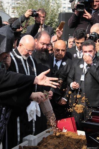 Ara Güler a souhaité avoir pour son dernier voyage de la terre du village natal de son père
