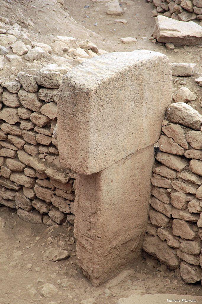 Mégalithes du site de Göbeklitepe ornés de figures animales
