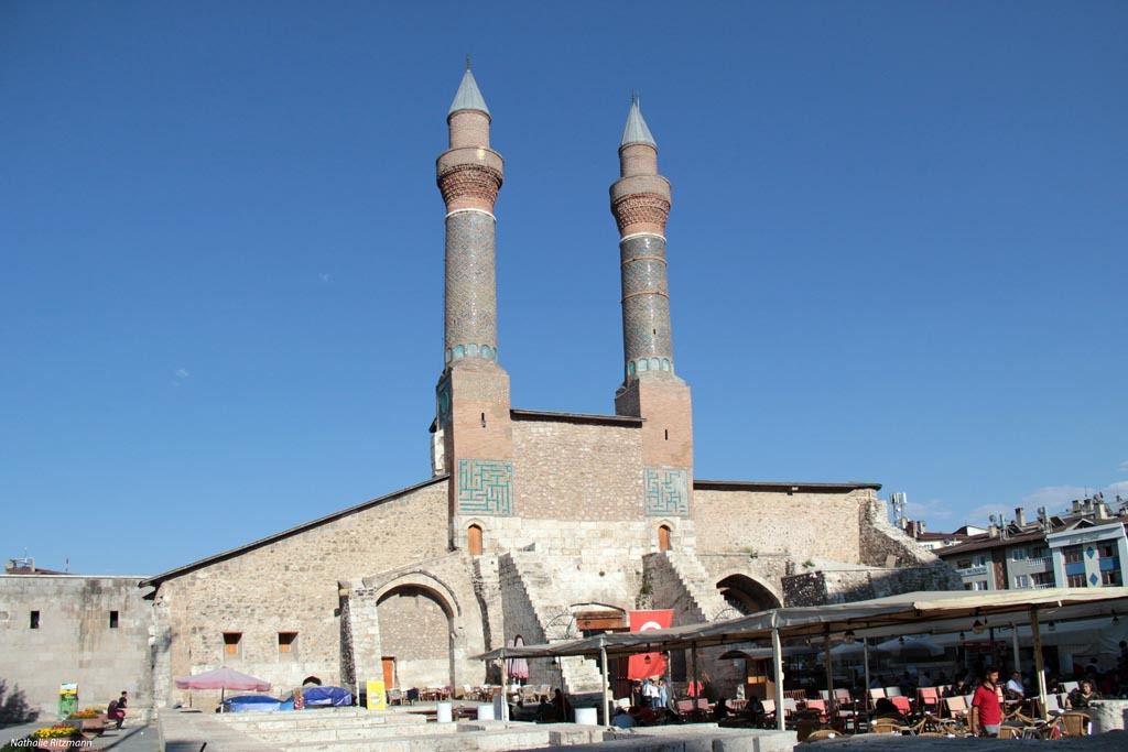 La medrese Çifte Minareli à Sivas