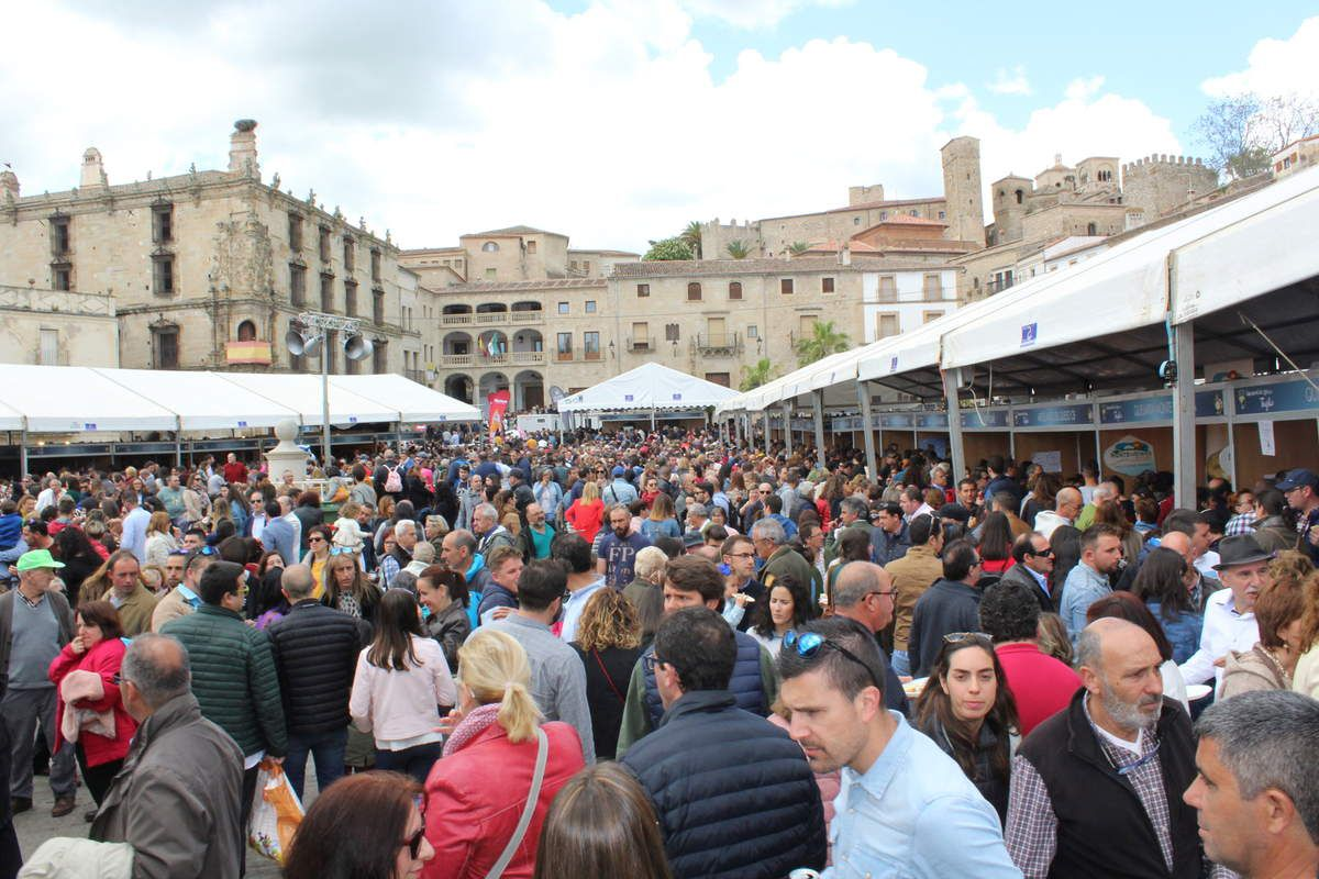 Plaza Mayor de Trujillo durante la Feria del Queso 2018