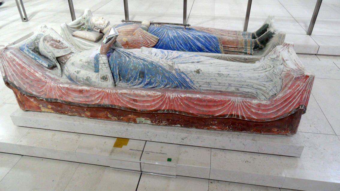 Alienor d'Aquitaine et Henri II , Isabelle d'Angoulême et Richard coeur de lion