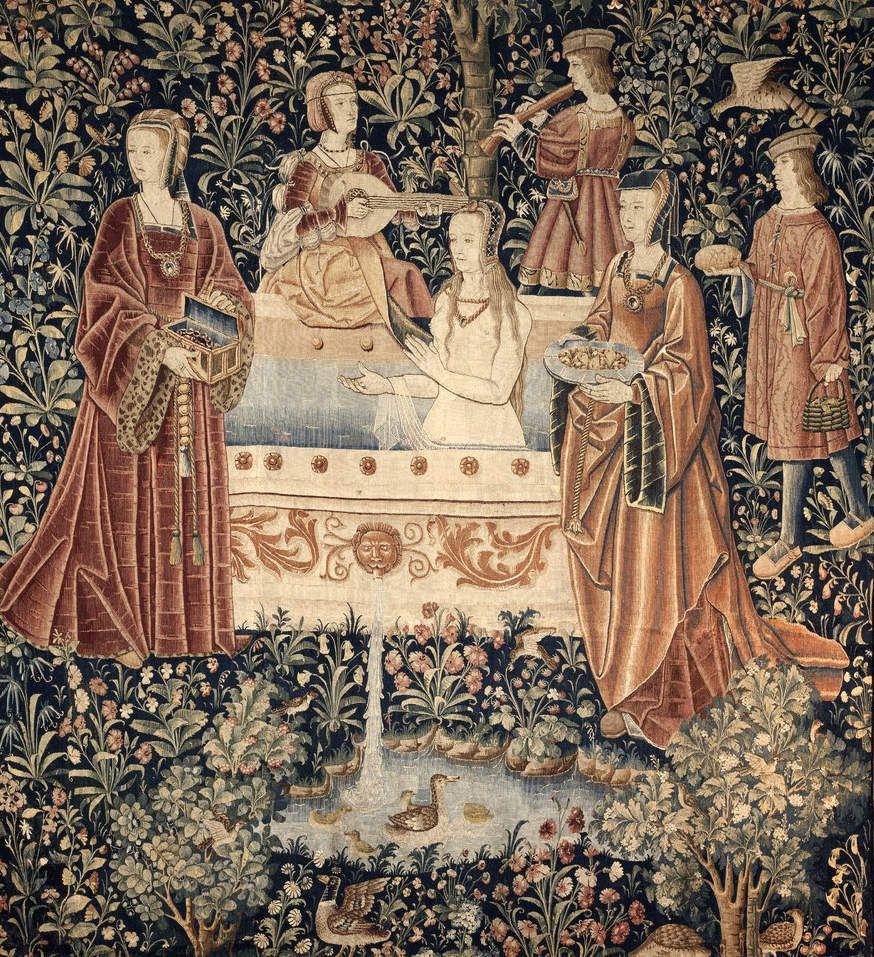 Tissée vers 1500 au Pays bas. 287x265cm - Une des 6 tapisseries dédiées à la vie seigneuriale. Jeune femme au bain.