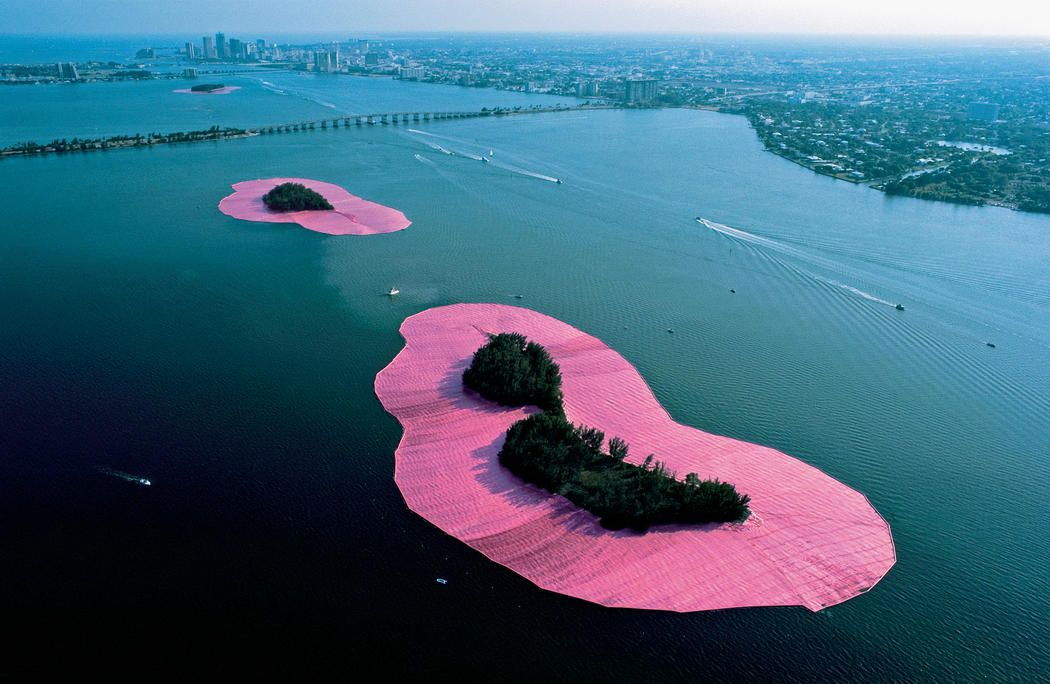 HOMMAGE A CHRISTO