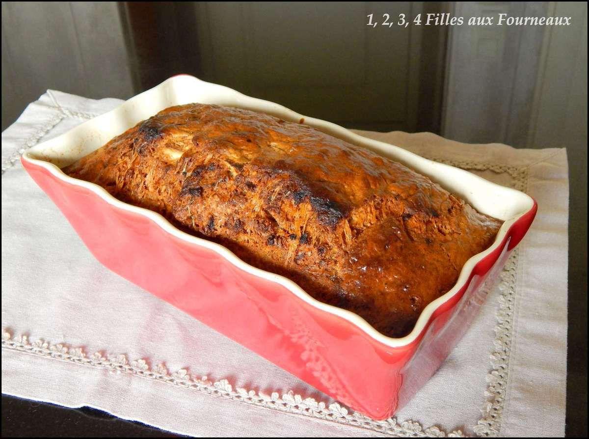 Cake pâtisson, chèvre et noisettes