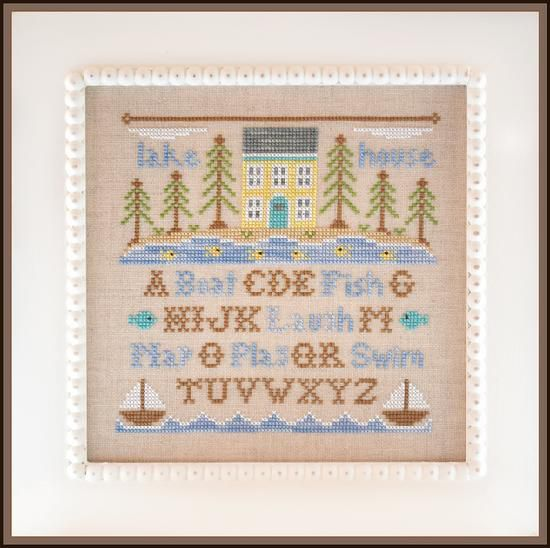 Country Cottage Ornaments. Classic Collection