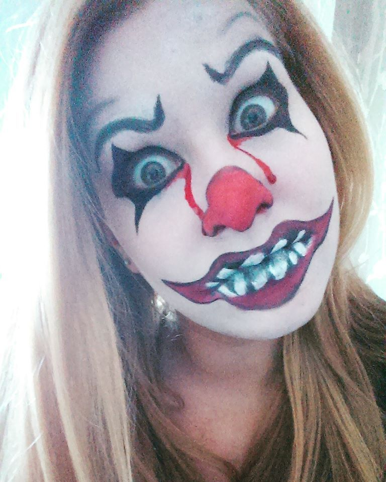 Maquillage halloween le clown mal fique maddmakeup - Maquillage halloween bouche ...