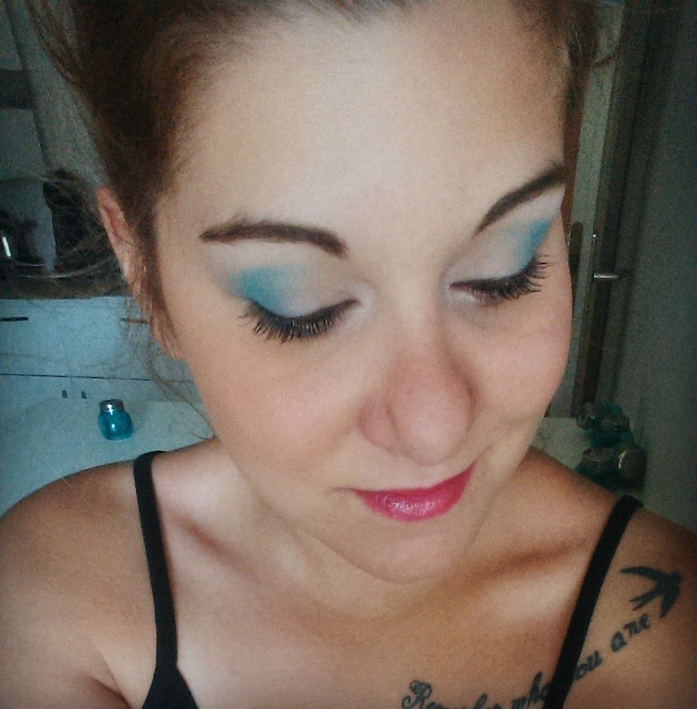 Maquillage turquoise