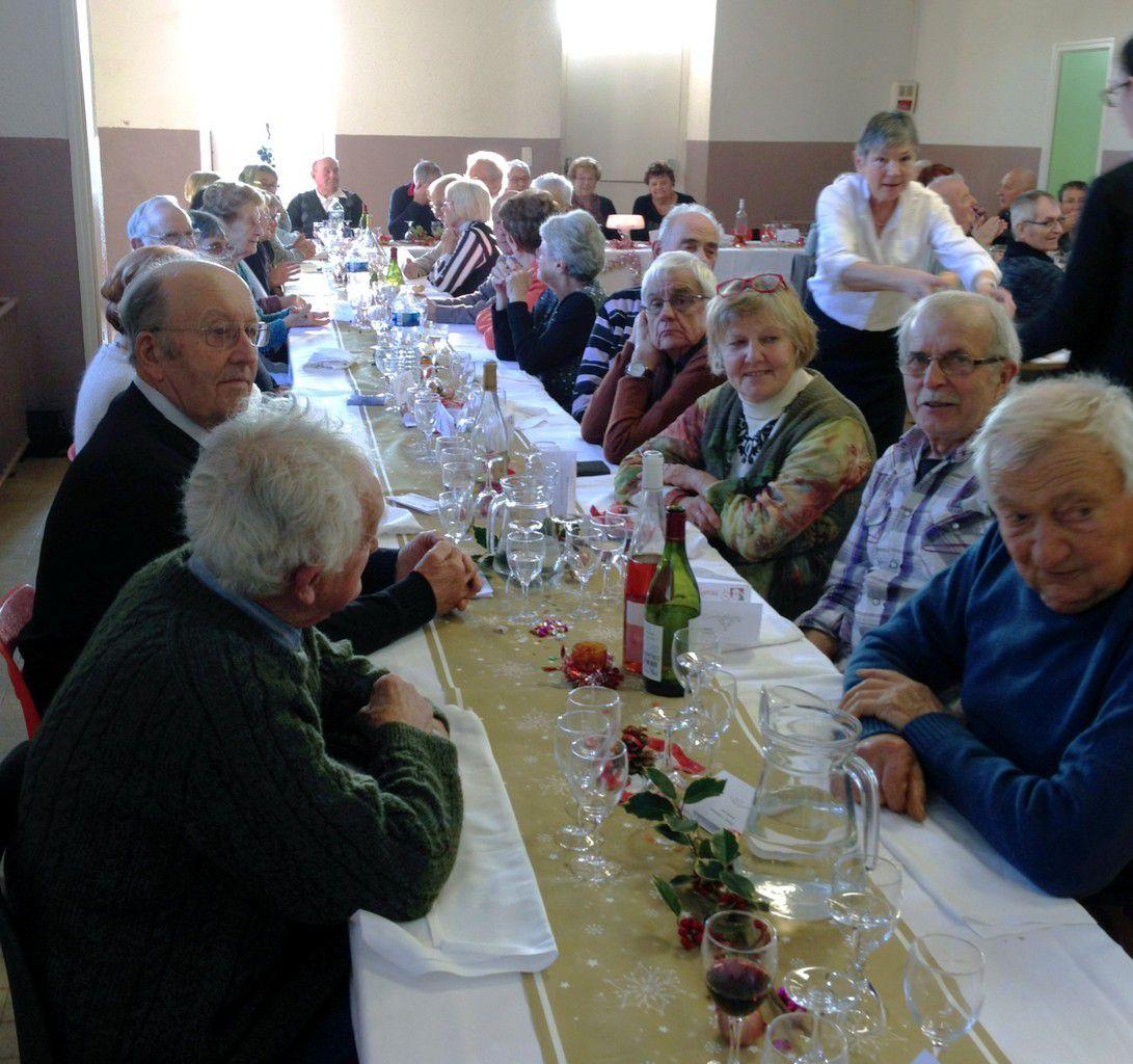 Repas de Noël du club des aînés ruraux de Vernosc-lès-Annonay