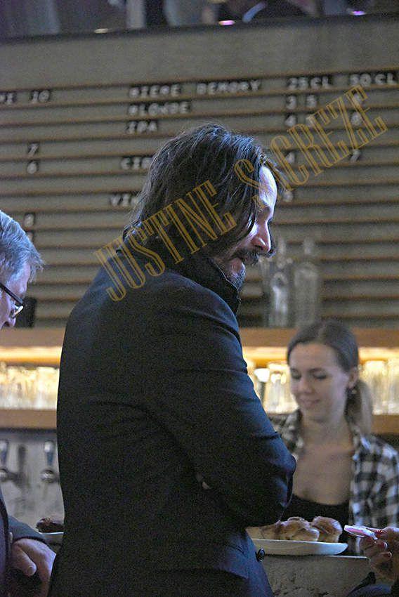 Keanu Reeves au Grand Palais et au Palais de Tokyo, séance de dédicaces et lancement de la Maison d'Edition X Artists' Books en Europe !