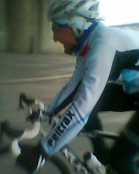 Avec le maillot du Team PELTRAX-Dammarie les Lys, à Rungis en 2012.