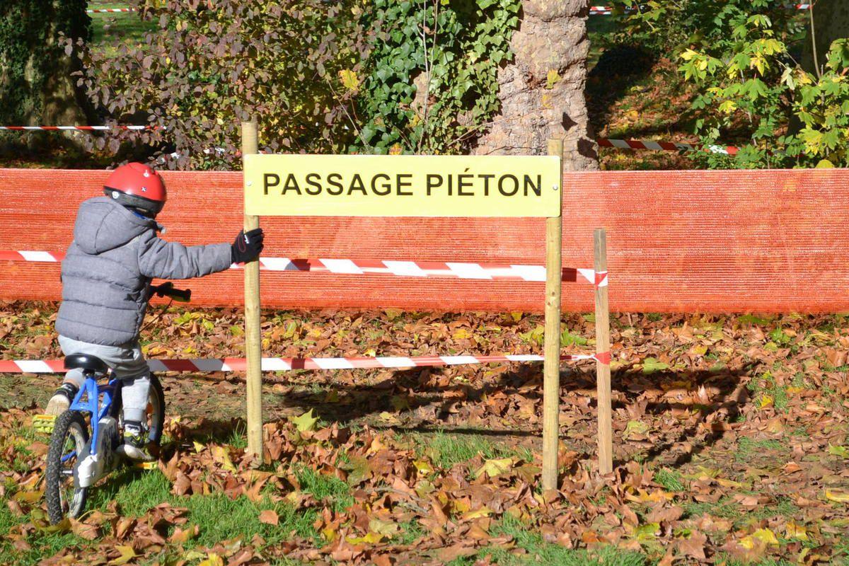 Passage piétons.
