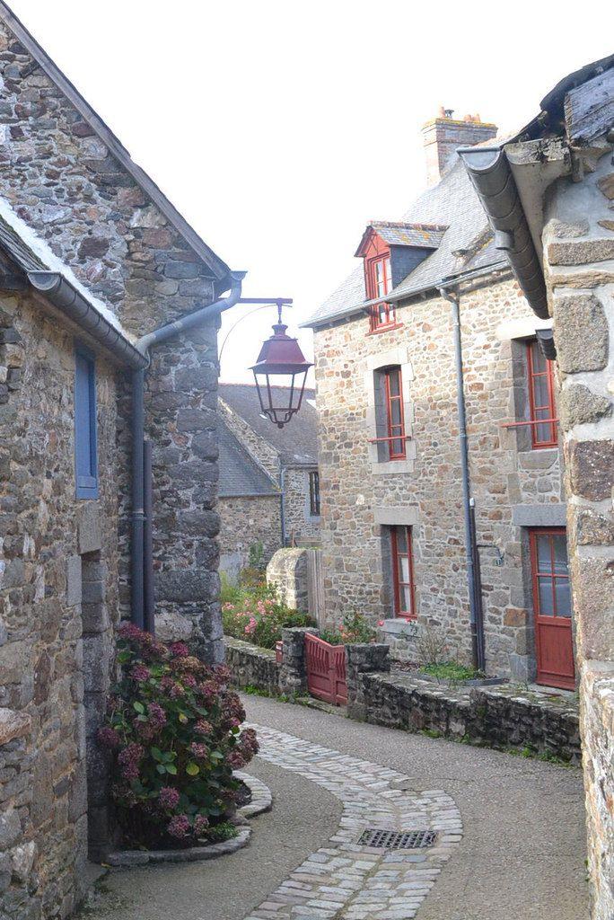 Ruelles au coeur du village.