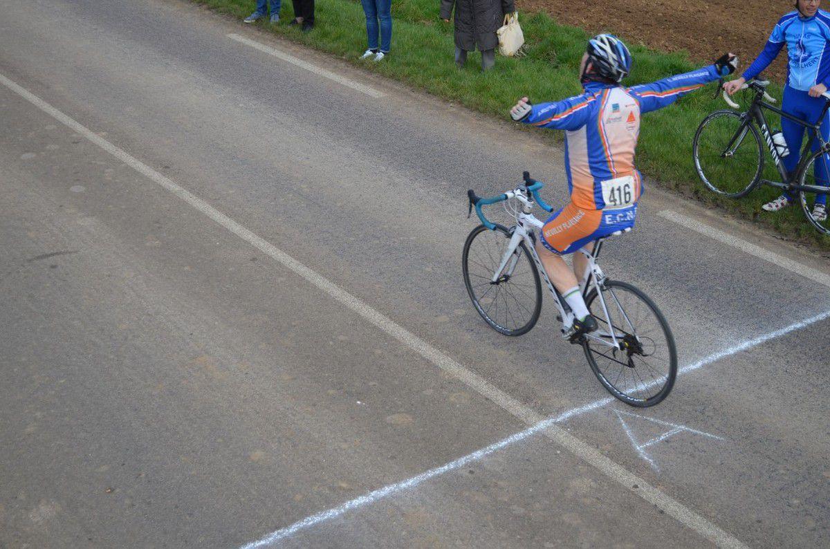 Pussay (91): ma 30è victoire pour ma 799è course.