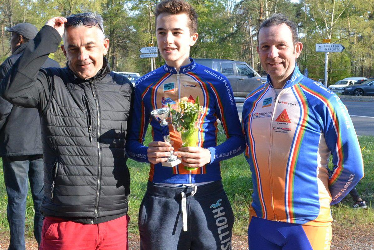 Claude et Matéo LE FUR et Michel GOUPIL (ECNP 2016): Matéo vainqueur Ufolep 3 à Fontainebleau (77)