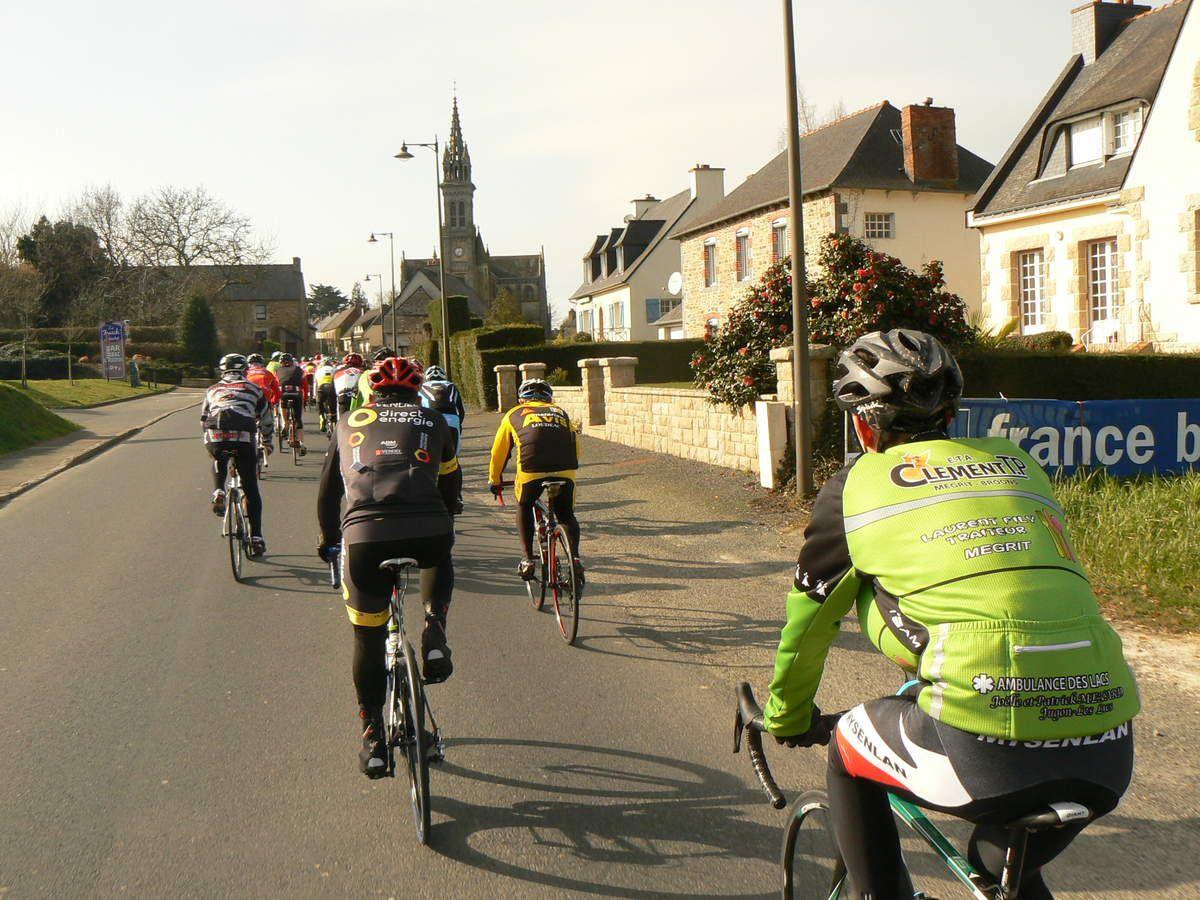 Route de Broons à Eréac.
