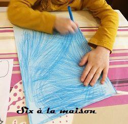 Ours Polaire - activité DIY pour occuper les enfants étape 1 coloriage du fond de la feuille