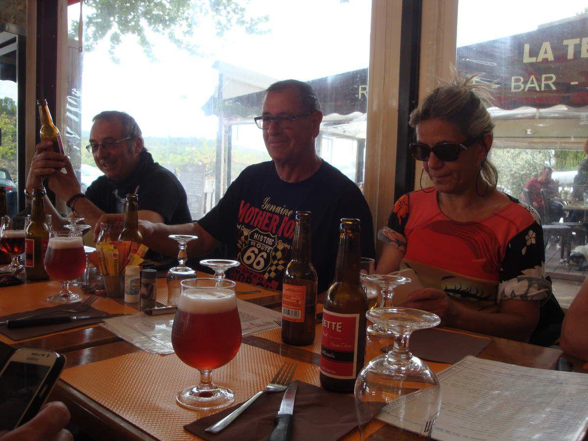 """Harley Davison 883 carbu en sortie : """" un coup de kekette """""""