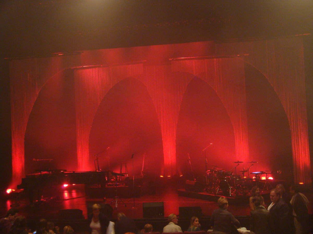 Grand Corps Malade en concert au théâtre Jean le Bleu à Manosque le 2 octobre 2015