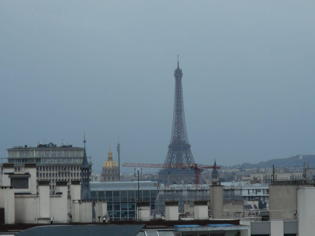 Paris vu du 9ème étage de l'hôpital Saint-Antoine