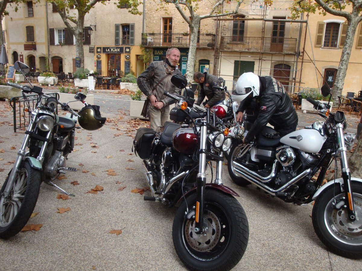 Tourtour en Harley Davidson