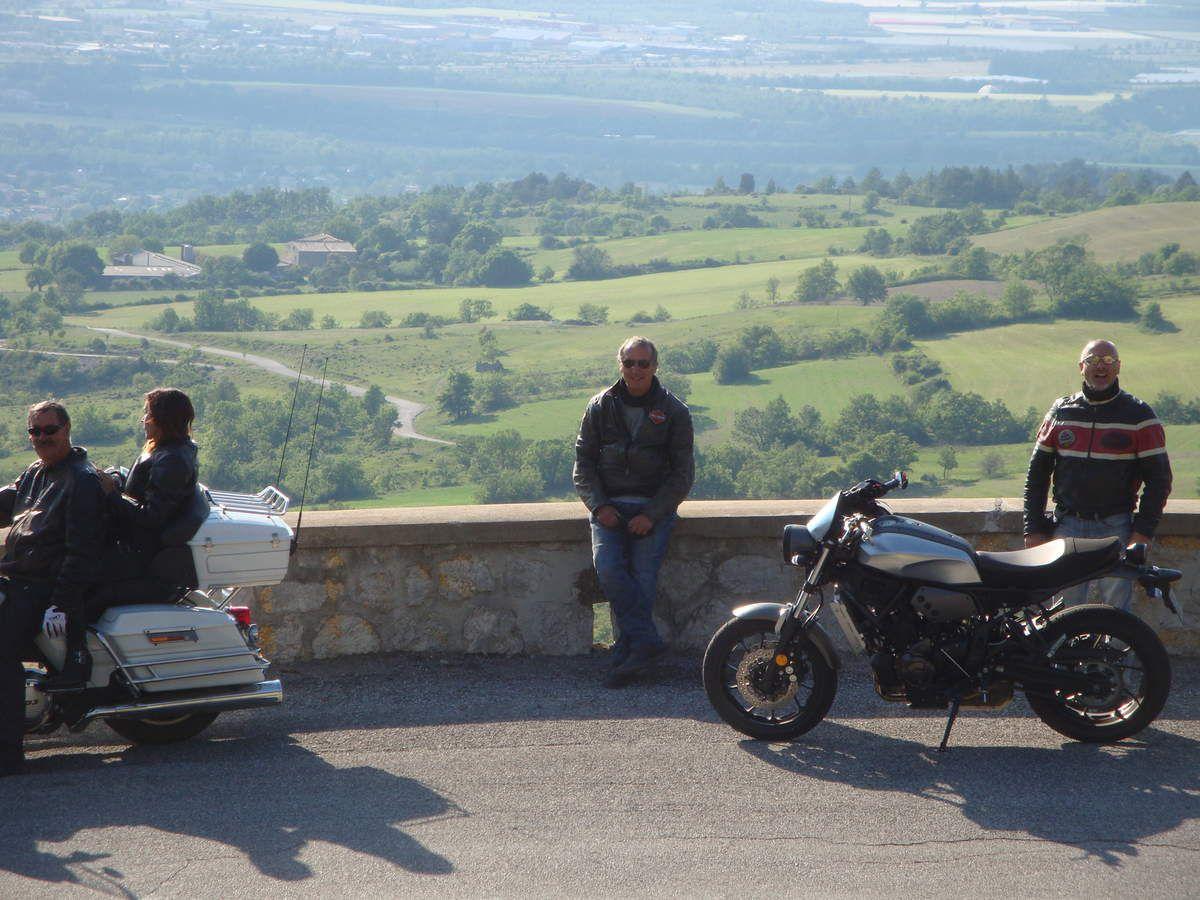 Le col de Fontbelle en Harley Davidson ( 1304 m )