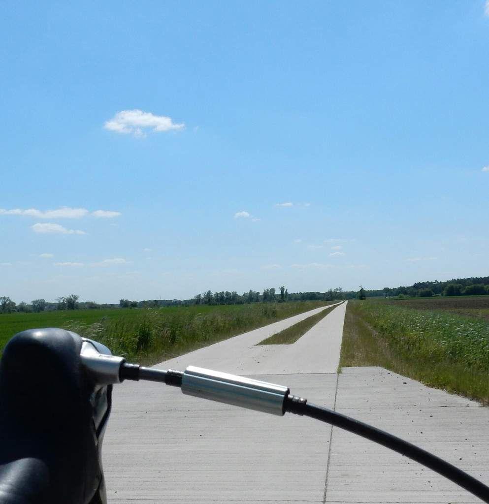 Training für die 300 Km MSR Rundfahrt  und der älteste Flugplatz der Welt !