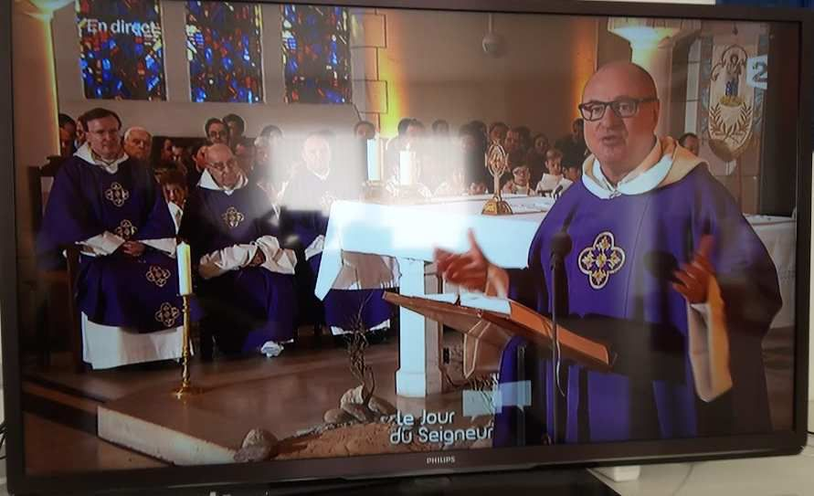 Humour Vatican: Pas de femme prêtre
