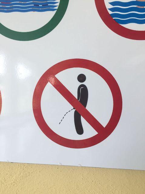 Humour Toilettes: La menace quand tu pisses à côté