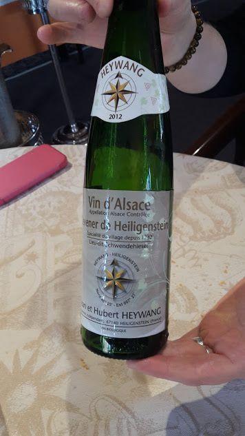 Humour Amis: En quête d'amitié par le vin blanc