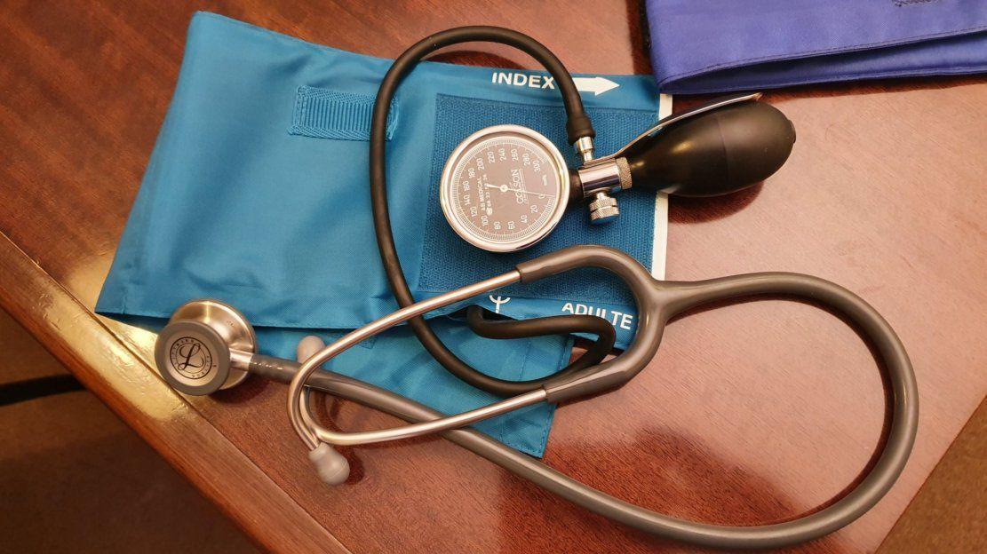 Humour médecin: La patiente intéressée pécunièrement