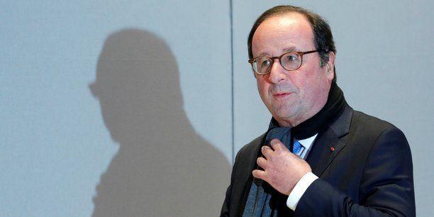 François Hollande soutient la liste PS (mais fustige Glucksman quand il critique Mitterrand sur le Rwanda)