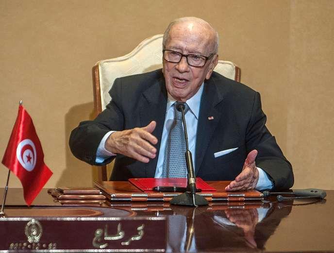 Béji Caïd Essebsi, premier président élu démocratiquement de Tunisie, est mort.