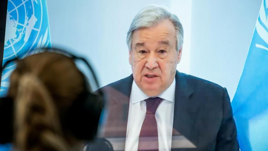 """Le Covid-19 révèle """"la fragilité de notre monde"""" inégalitaire, selon le patron de l'ONU"""