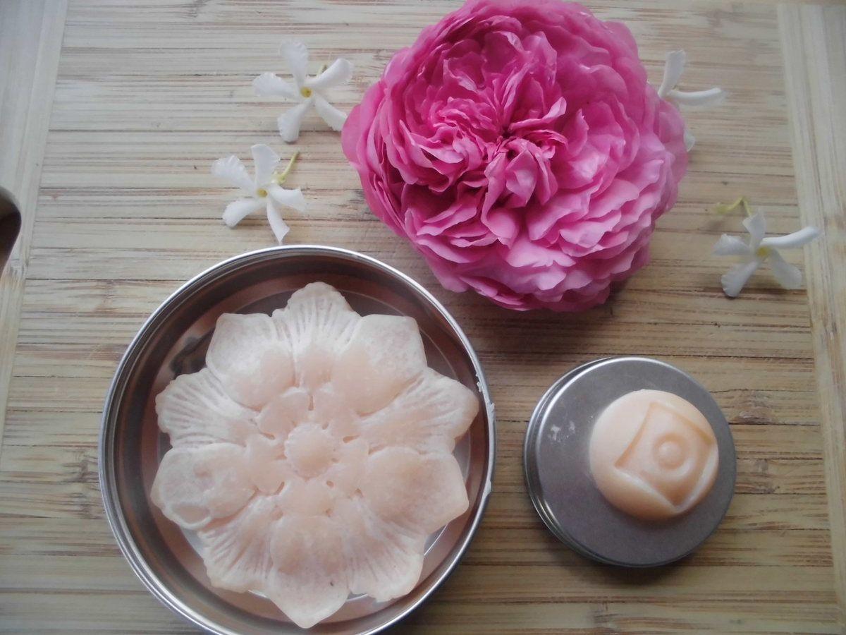 Kremcake pour le corps, à la rose et fleur d'oranger. Convient Vegan