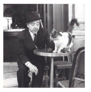 Photo de Jacques Prévert et son chat