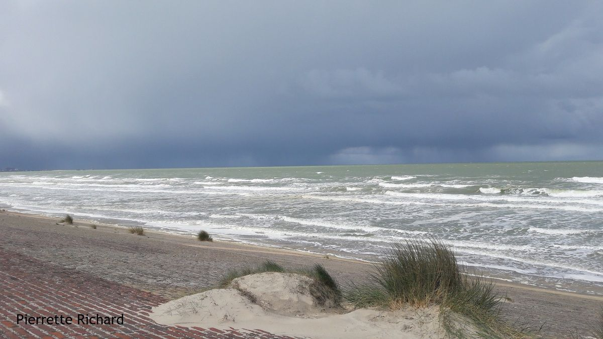 Storm is coming, la tempête arrive (photo Pierrette Richard)