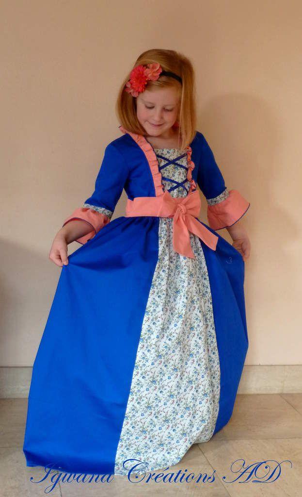 déguisement marquise pompadour en bleu et saumon corail