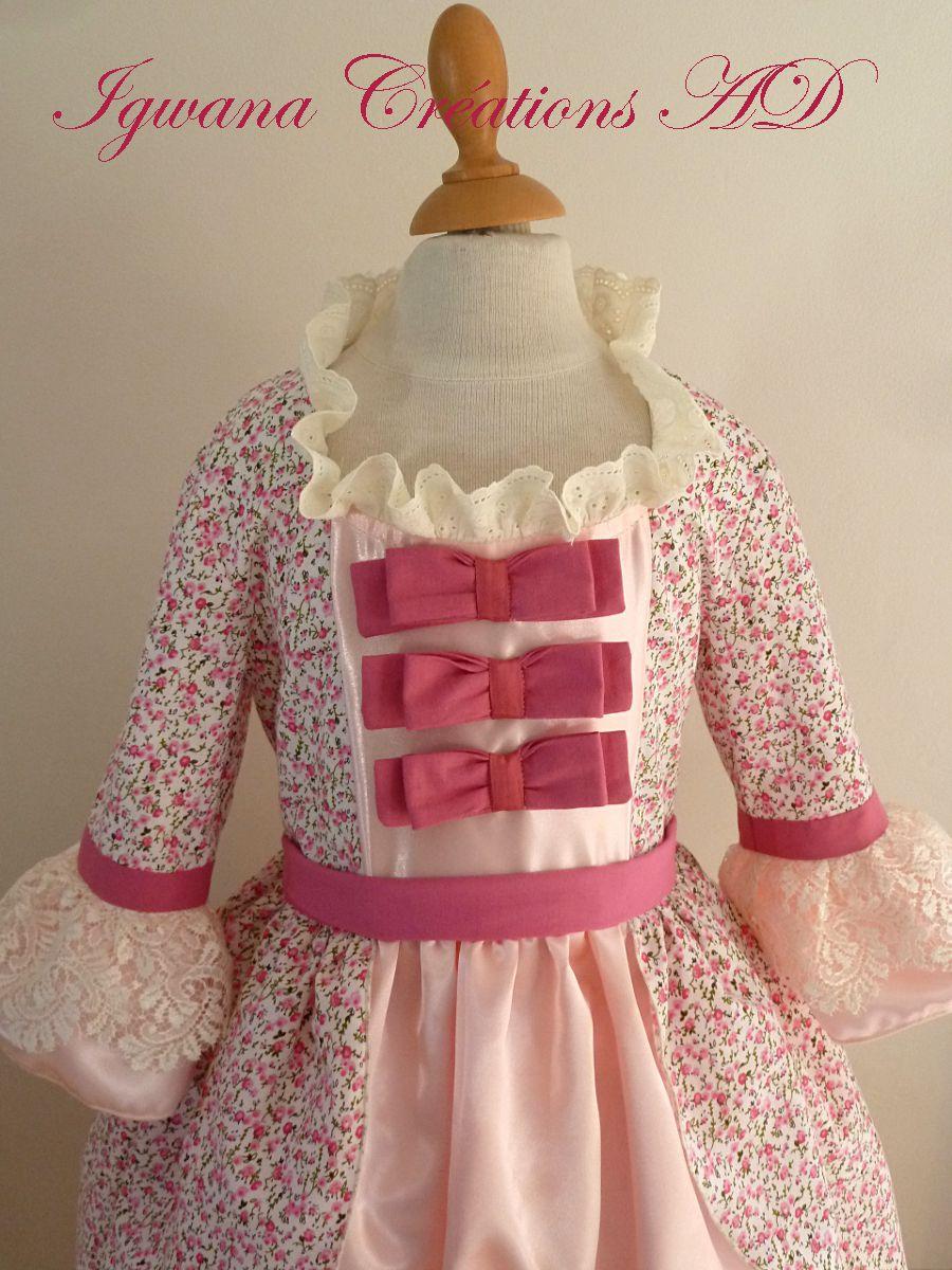Déguisement robe Marie Antoinette rose