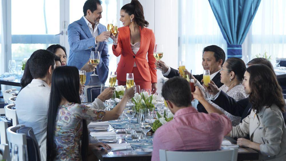 Critiques Séries : Grand Hotel. Saison 1. Pilot.