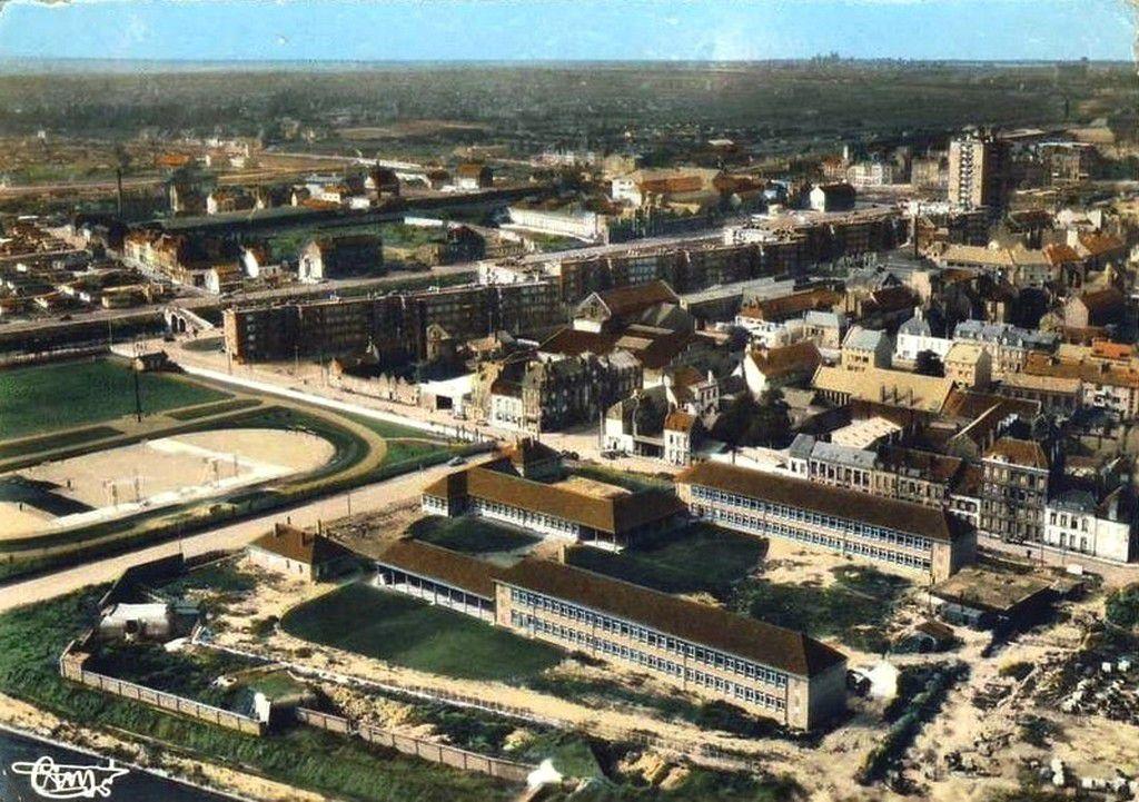 (09) Cartes Postales et Photos Aériennes Anciennes de Dunkerque .