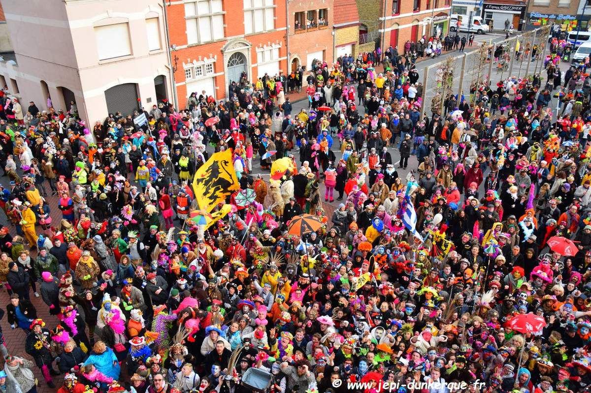 Carnaval de Dunkerque 2018 - La Bande de Rosendaël de chapelle en chapelle