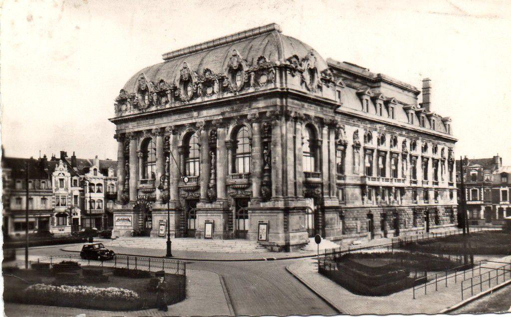 (A3) Cartes Postales Anciennes Calais le Théâtre .
