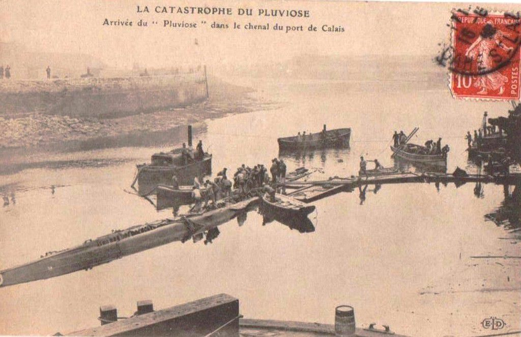 (A6) Cartes Postales Anciennes Sous-marin Pluviose