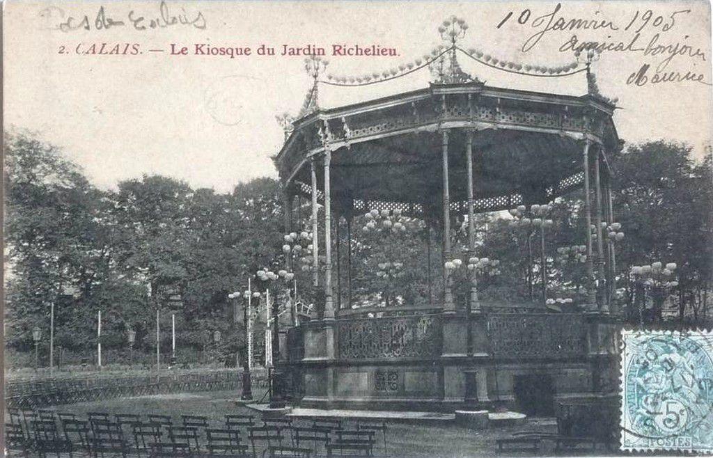(A10) Cartes Postales Anciennes Calais Les Parcs